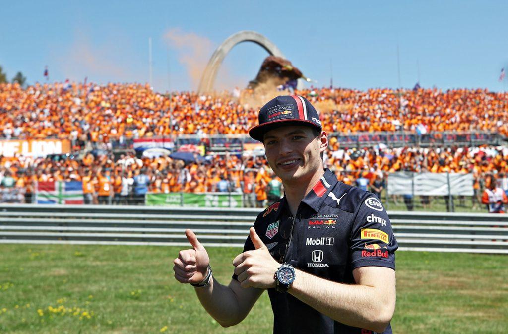 Sieger Max Verstappen: Daumen hoch für die Formel 1 in Spielberg. Foto: Getty Images