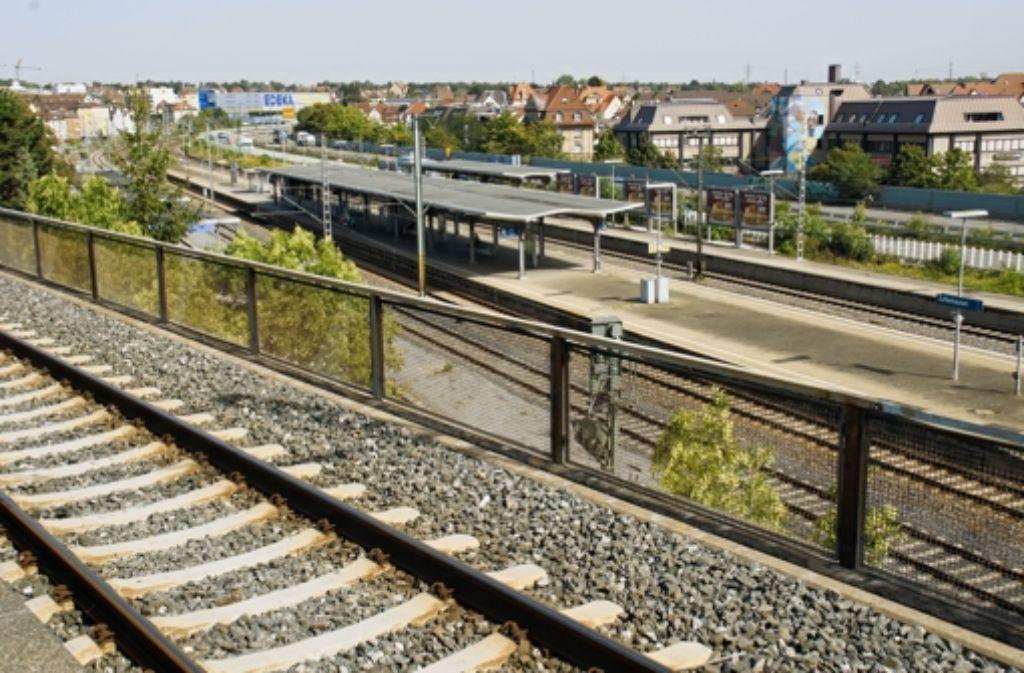 Der aktuelle Zuffenhäuser Bahnhof wurde 1982 eröffnet. Foto: Leonie Hemminger