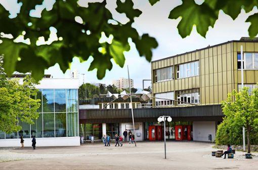 Sanierung des Hölderlin-Gymnasiums hat Vorrang