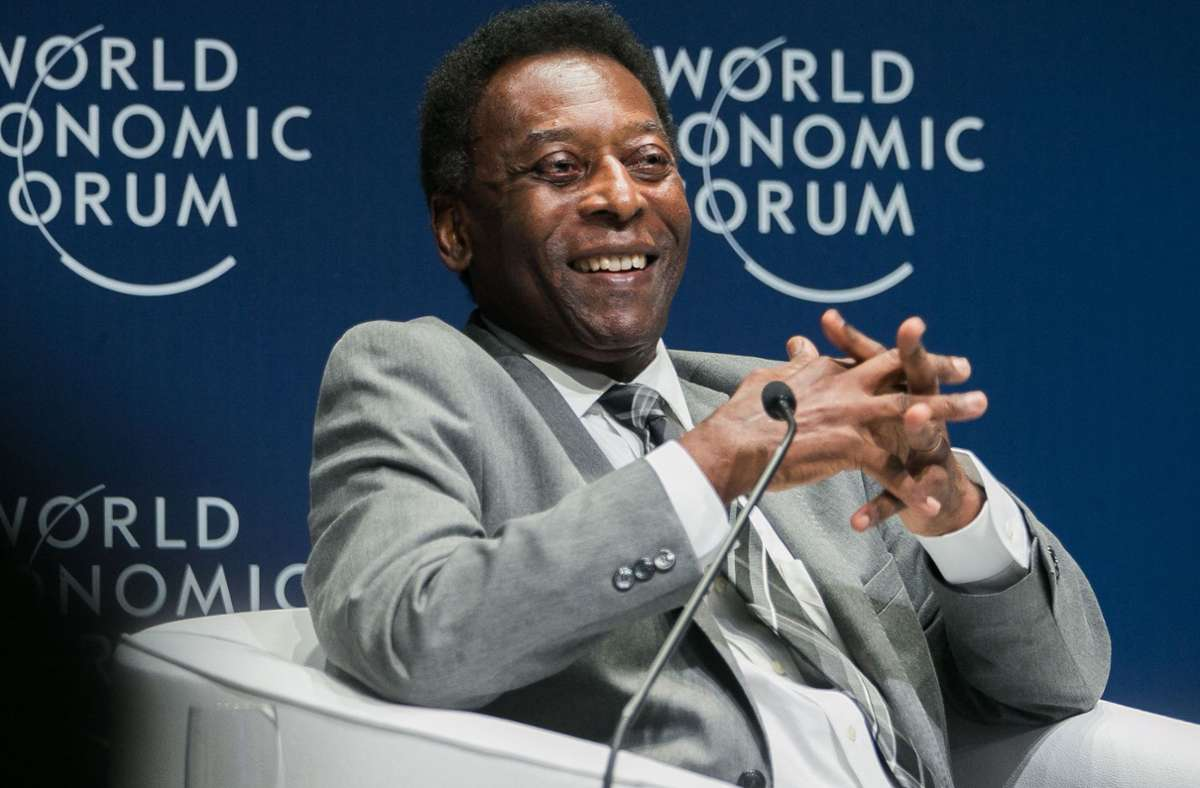 Der Fußball-Legende Pelé geht es wieder besser. Foto: AFP/BENEDIKT VON LOEBELL