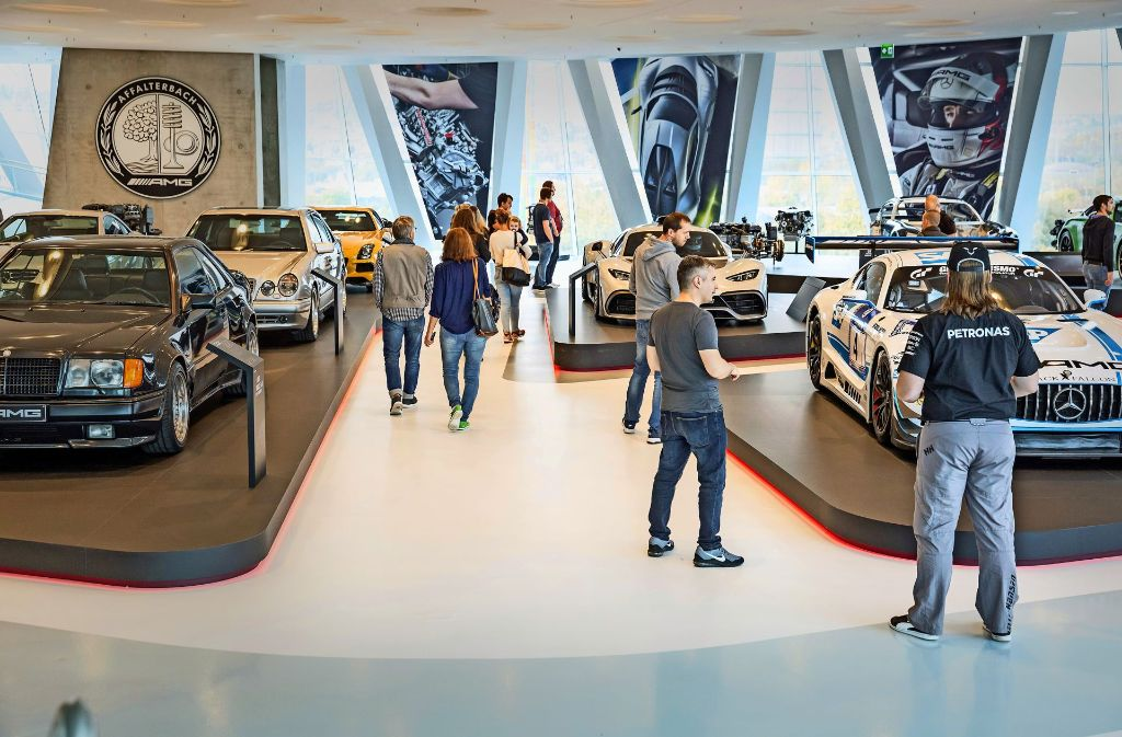 Die AMG-Sportwagen haben in der Sonderschau einen großen Auftritt. Foto: Lichtgut/Julian Rettig