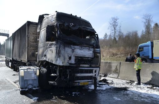 Stau-Chaos nach Unfall im Berufsverkehr