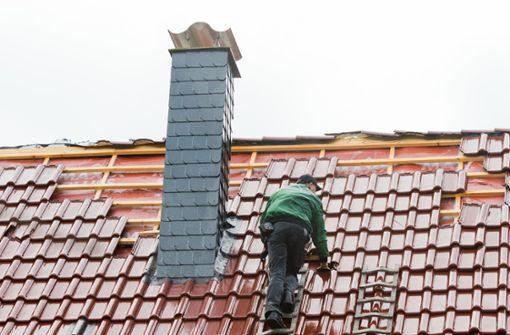 Falsche Dachdecker nehmen Senioren aus