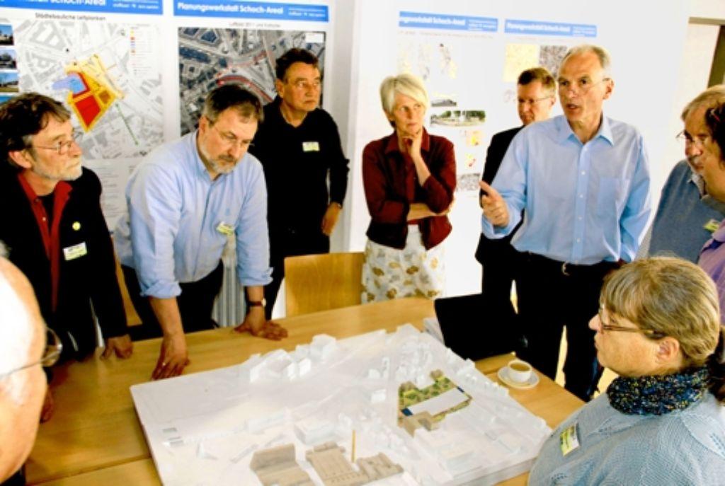 Konstruktiv  diskutiert wurde bei der  Planungs- und Strategiewerkstatt zum Feuerbacher Schoch-Areal am Freitag und Samstag im Kultur- und Bürgerhaus. Foto: Chris Lederer