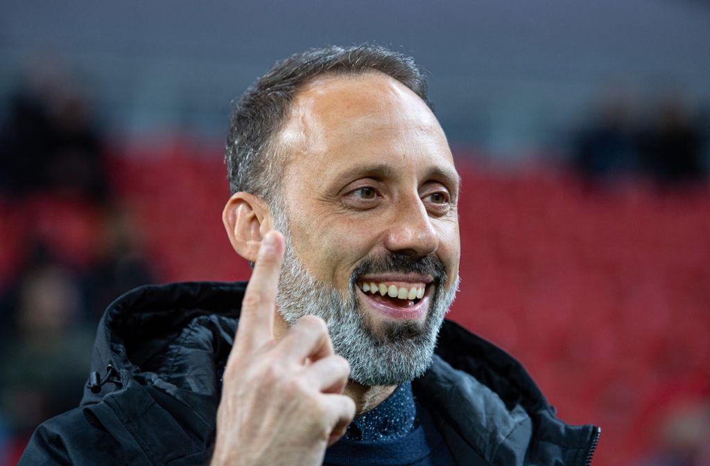 Vertrauensbeweis vom Verein: Der Vertrag von VfB-Trainer Pellegrino Matarazzo wurde vorzeitig bis 30.Juni2022 verlängert. Foto: picture alliance/dpa