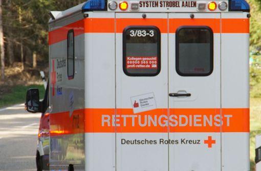 46-Jähriger stirbt bei Sturz durch Flachdach