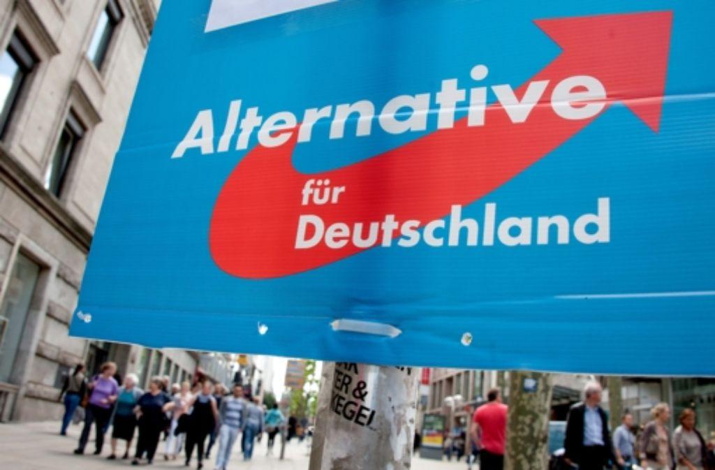 Die AfD soll vom Verfassungsschutz beobachtet werden, das fordert die SPD. Foto: dpa