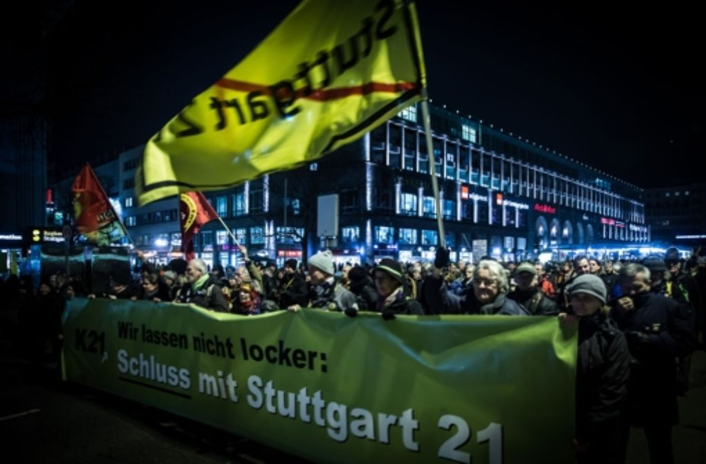 Auf der 206. Montagsdemo vor einer Woche sind die Gruppen des Aktionsbündnisses noch gemeinsam zur Montagsdemo gegen Stuttgart 21 angetreten. Foto: Archiv/Achim Zweygarth