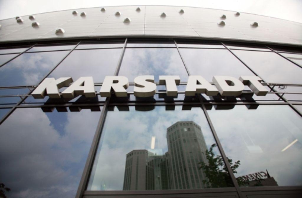 Karstadt: Radikaler Sparkurs angekündigt - Wirtschaft