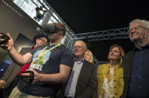 Kretschmann und Kuhn eröffnen FMX und malen 3D