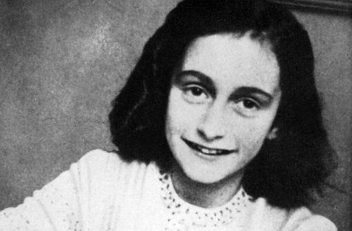US-Firma bot Anne-Frank-Kostüm an