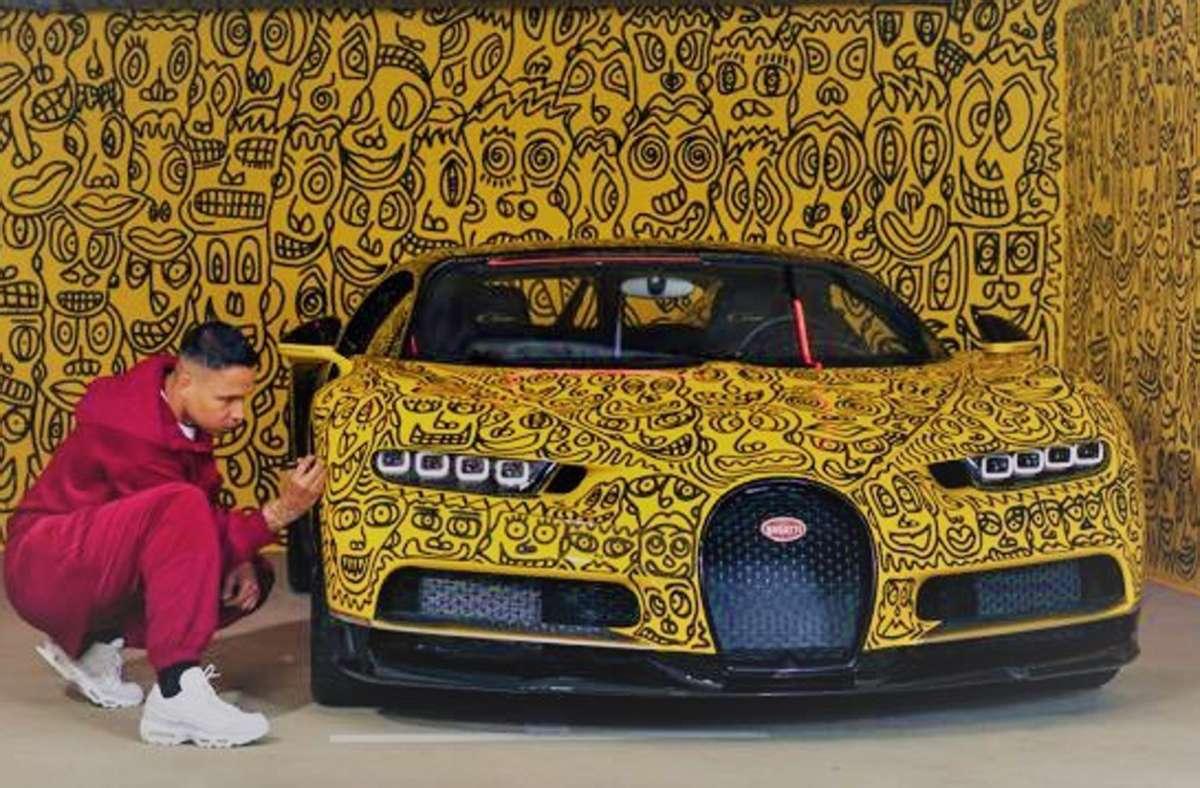 Romulo Kurányi hat einen Bugatti Chiron bemalt. Foto: Sven Cichowicz