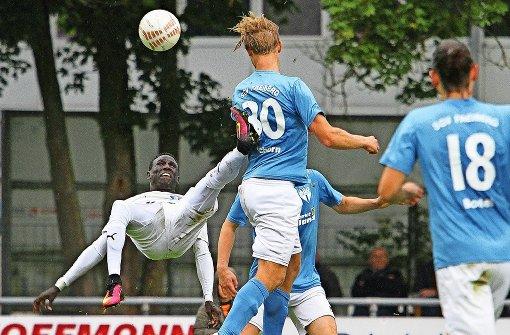 Die Latte verhindert den Calcio-Coup