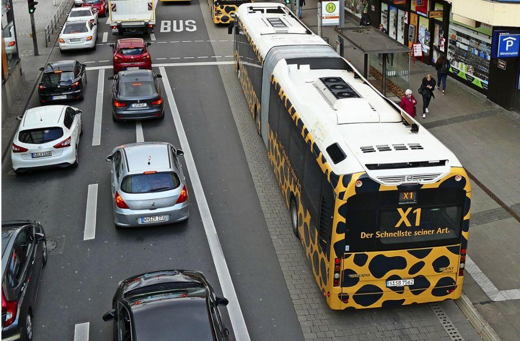 Die Cannstatter CDU will den Expressbus vom Wilhelmsplatz entfernen. Foto: