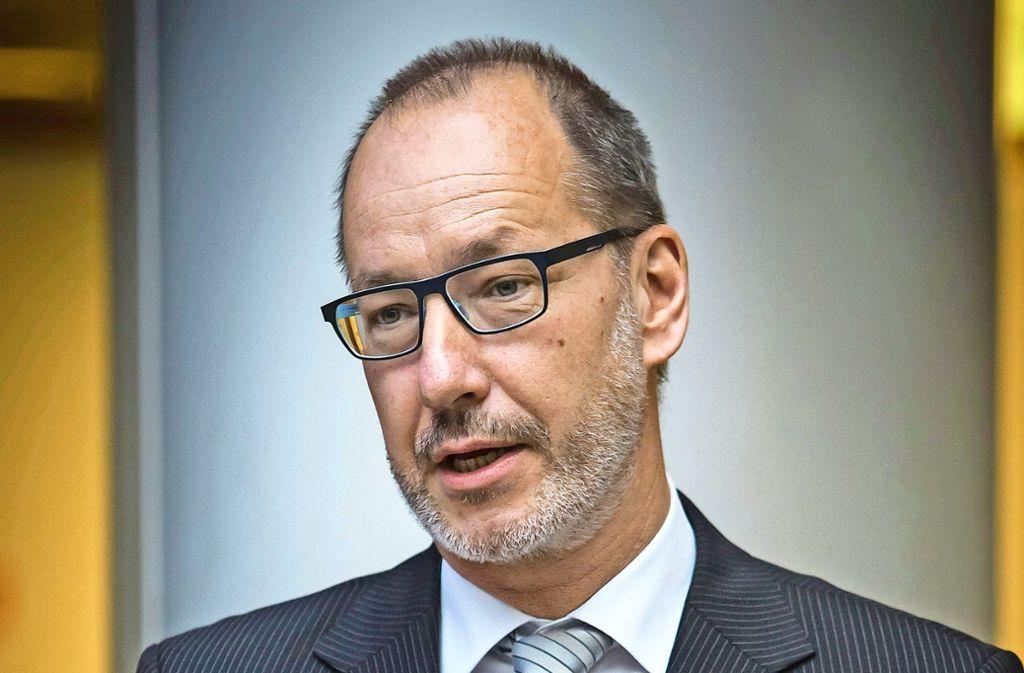 Ex-Klinikumschef Schmitz (Mitte) hat eine satte Abfindung bekommen. Foto: Lichtgut/Achim Zweygarth