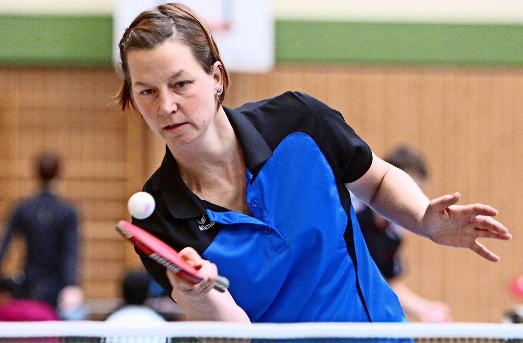 Die Weil der Städterin      Petra         Brand  (Foto)  gewinnt   mit ihrer Partnerin      Meike Jocher  die       Damen-Konkurrenz. Foto: Andreas Gorr
