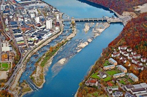 Im Rhein wird das Wasser knapp
