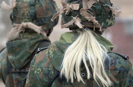 Soldaten in Uniform dürfen auch Regionalbahnen kostenlos nutzen