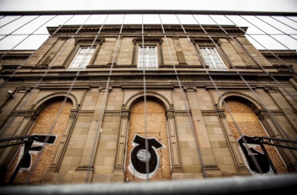 Die zähen Verhandlungen über die Zukunft der Villa Berg sind beendet. Die Bilderstrecke zeigt die Historie der Villa. Foto: Lichtgut/Leif Piechowski