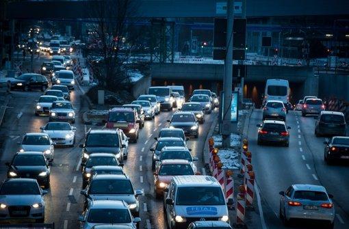 Hermann: 40 000 Autofahrer müssten umsteigen
