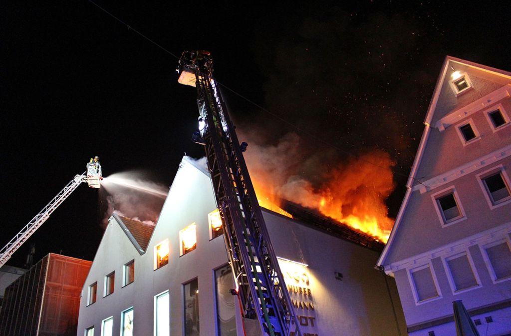 In Aalen brach am Dienstagmorgen ein Brand aus. Foto: SDMG