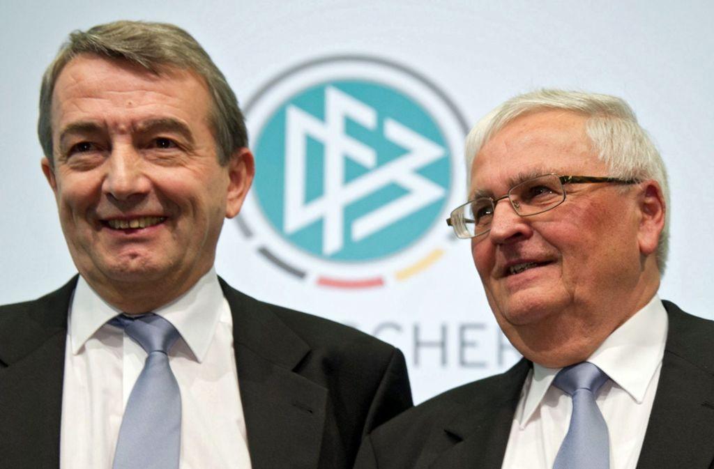 Die Anklage gegen Wolfgang Niersbach (links) und Theo Zwanziger wird zugelassen. Foto: dpa