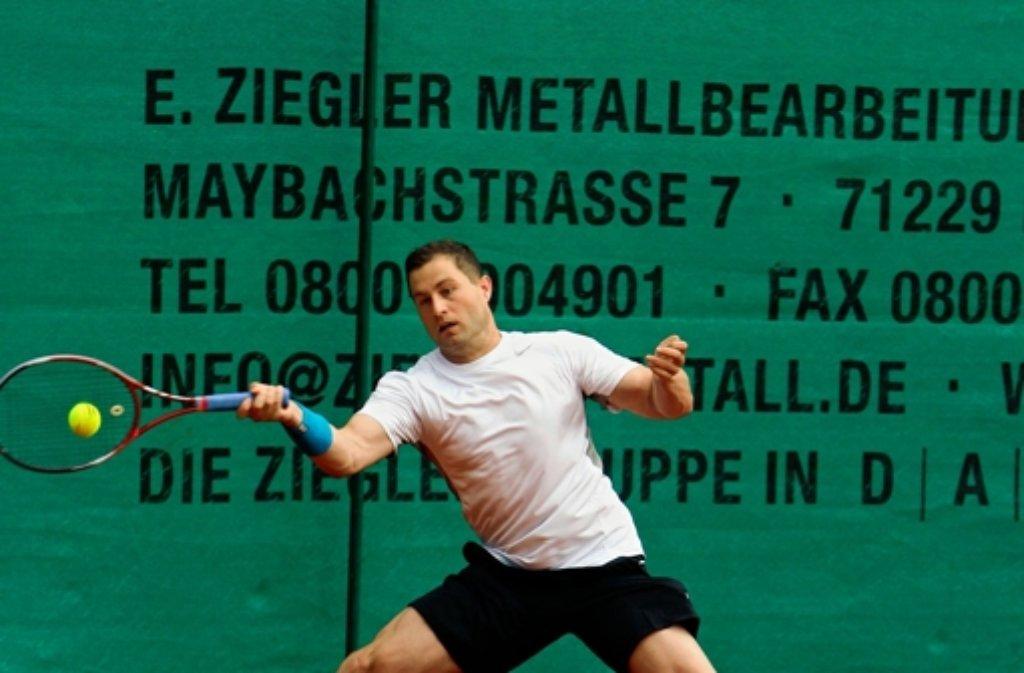 Im Einzel unterlegen, im Doppel erfolgreich: Daniel Schubert vom TC Leonberg. Foto: Andreas Gorr/Archiv