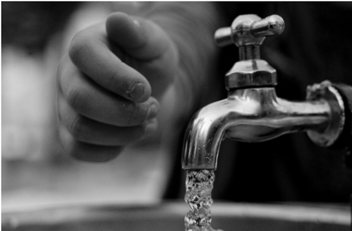 Das Leitungswasser in Deutschland unterliegt strengen Kontrollen.