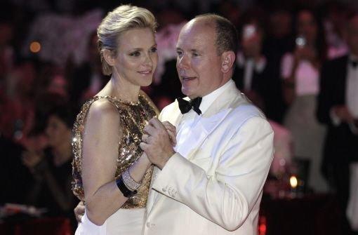 Rotkreuz-Ball: Das Fürstenpaar tanzt