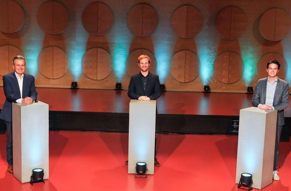 Die drei Bewerber Frank Nopper, Hannes Rockenbauch und Marian Schreier (von links) werden befragt, Nopper wird bei der VHS selbst aber nicht anwesend sein. Foto: Lichtgut/Max Kovalenko