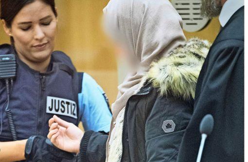 Eine Fraugeht zum IS
