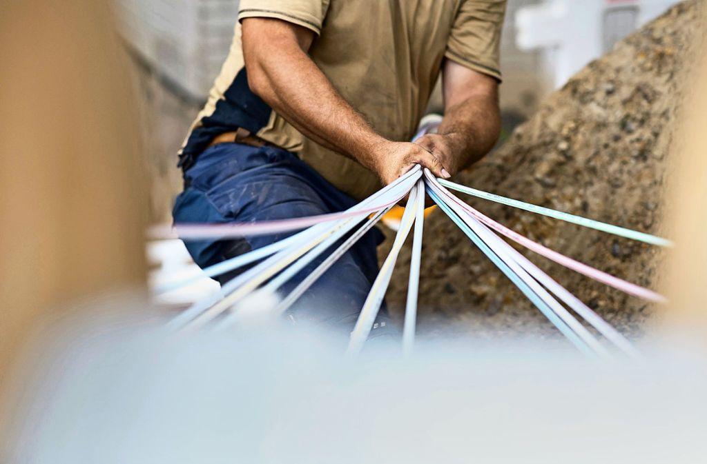 Bempflingen ist die Modellgemeinde für die  Breitbandversorgung im Kreis Esslingen. Bis zum Jahr 2030 sollen 90 Prozent der Haushalte schnelles Internet haben. Foto: dpa/Guido Kirchner