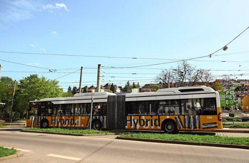 Busse werden mit Stickoxidfiltern ausgestattet