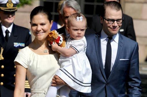 Victoria zeigt ihre kleine Familie