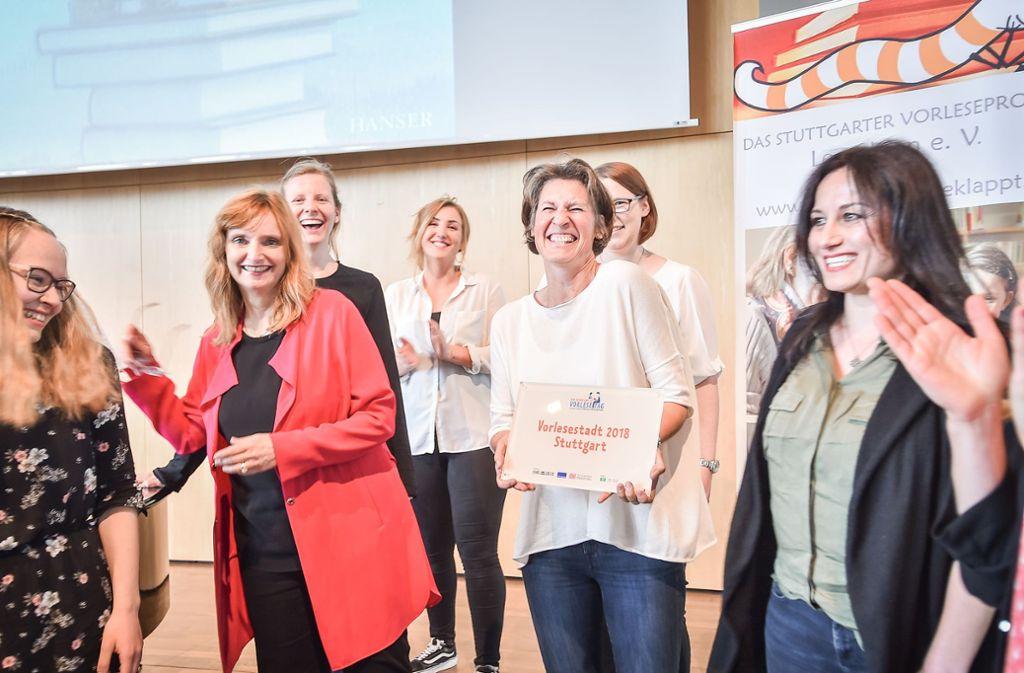 Große Freude über den Titel Vorlese-Stadt für Stuttgart. Foto: Lichtgut