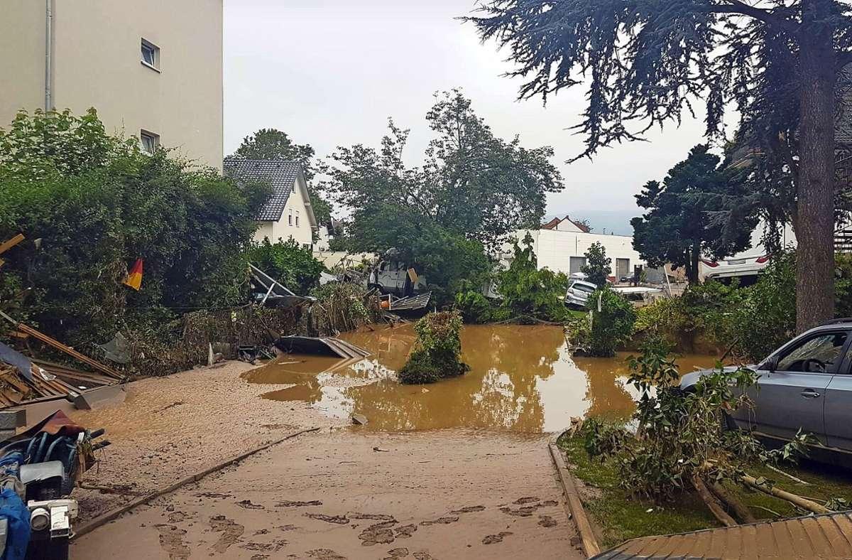Einige Orte im  Katastrophengebiet konnten nicht mehr angefahren werden Foto: /DRK