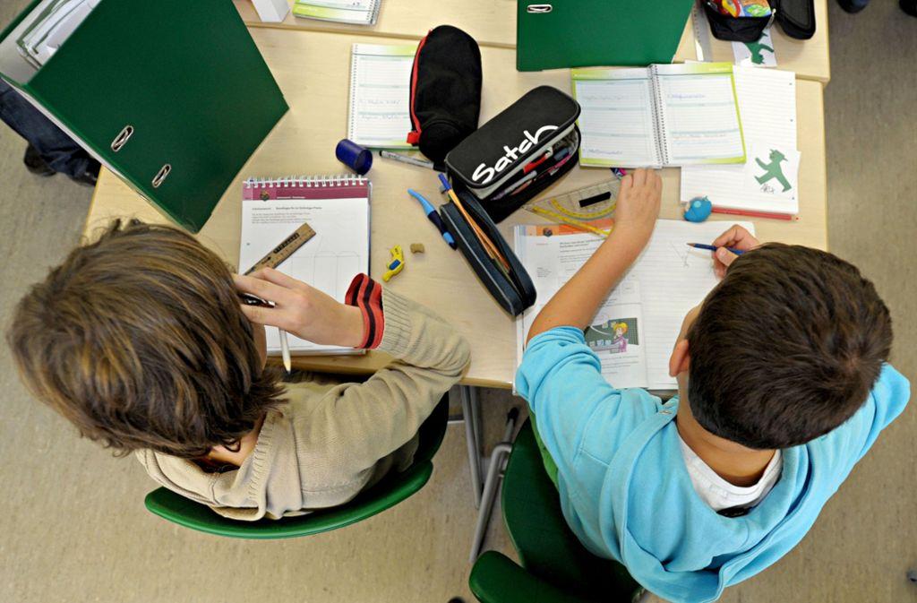 Realschullehrerverband fordert: Hauptschulen stärken. Foto: dpa