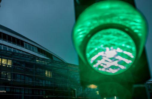 Fahrer streiten nach Unfall: Wer hatte Grün?