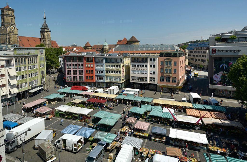 Markttag auf dem bisher baumfreien Teil des Stuttgarter Marktplatzes. Foto: Lichtgut/Max Kovalenko