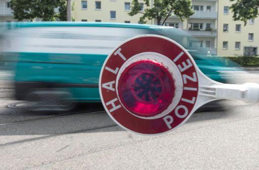 Radfahrer verbotswidrig überholt – 23 Autofahrer gestoppt
