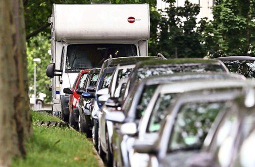 Wohnmobile am Straßenrand lösen Unmut aus