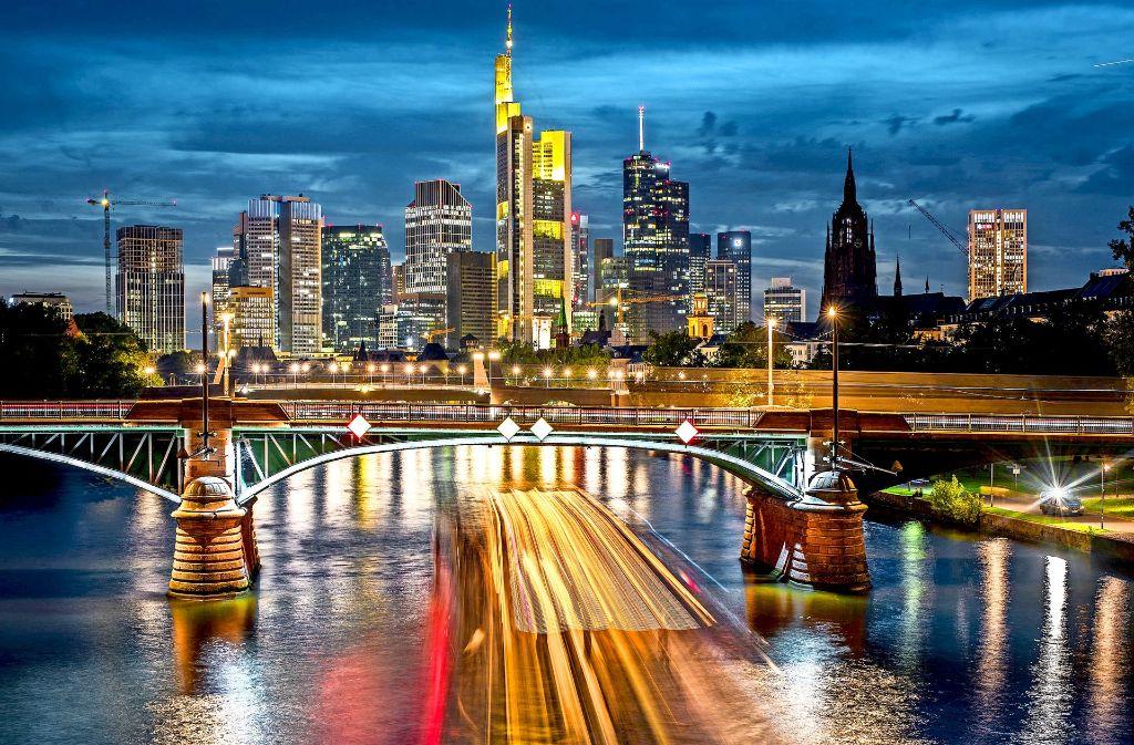 Die Reform trifft vor allem große Geldhäuser wie die Deutsche oder die Commerzbank, aber auch die Landesbanken. Foto: dpa