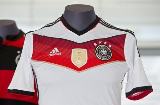 Keine Shirts mit Adler-Logo im Regal