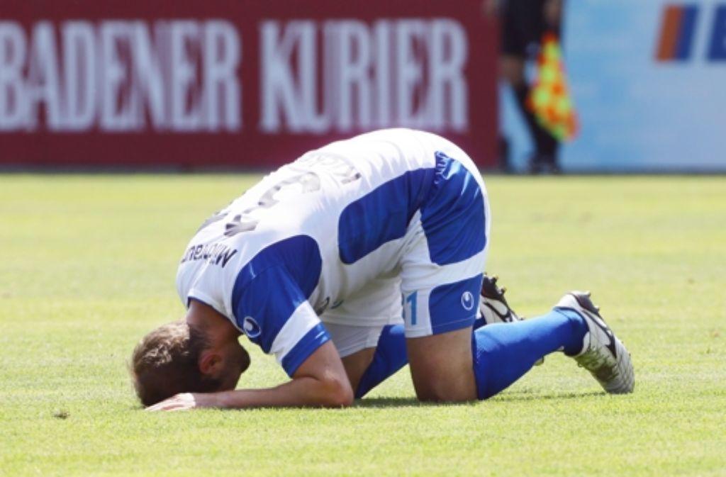 Patrick Milchraum ist am Boden zerstört, nachdem er zur zweiten Mannschaft abkommandiert wurde. Foto: Baumann