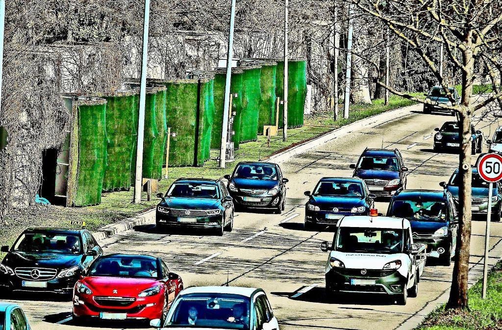 Die Mooswand an der Cannstatter Straße liegt von der Messstelle am Neckartor einige hundert Meter entfernt. Foto: Lichtgut/Leif Piechowski