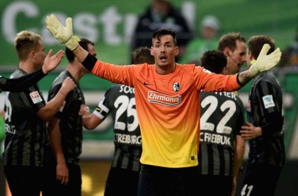 Der SC Freiburg verliert - was auch den VfB Stuttgart freut. Foto: Bongarts