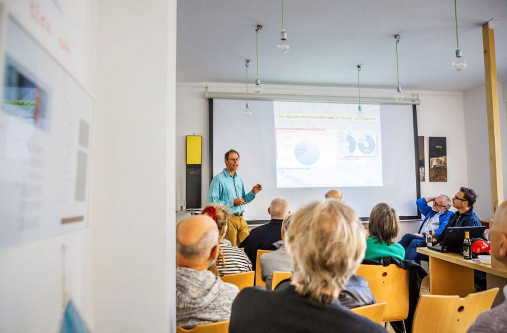 Jürgen Merks beim Vortrag Foto: Lg/J. Rettig