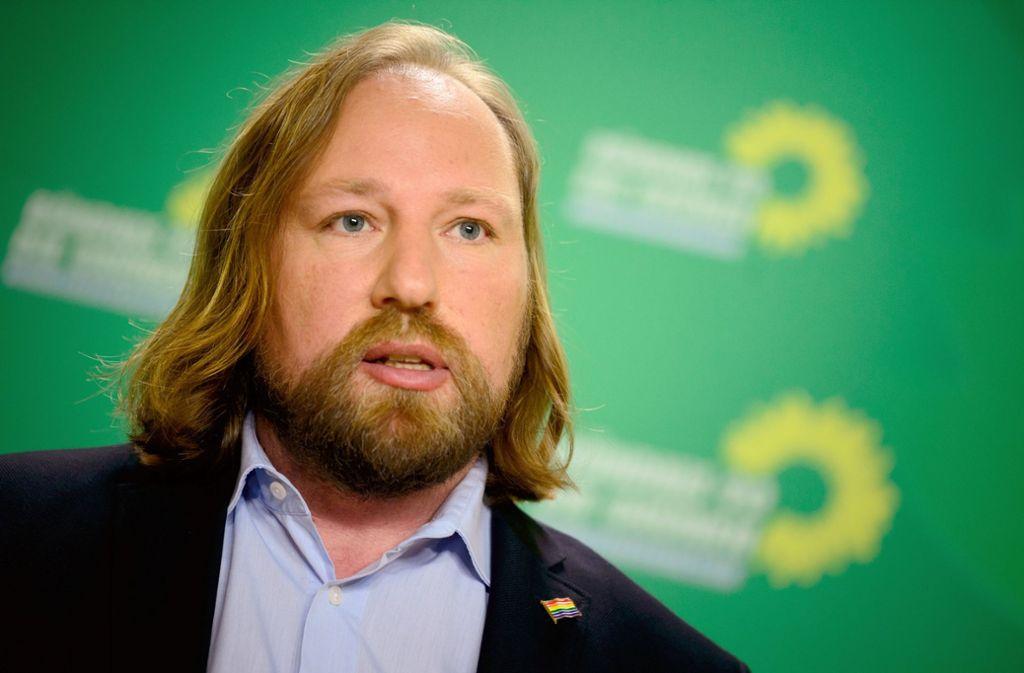 Es ist nicht Aufgabe eines öffentlichen Unternehmens, Busse in anderen Ländern fahren zu lassen, sagt Grünen-Fraktionschef Anton Hofreiter. Foto: dpa