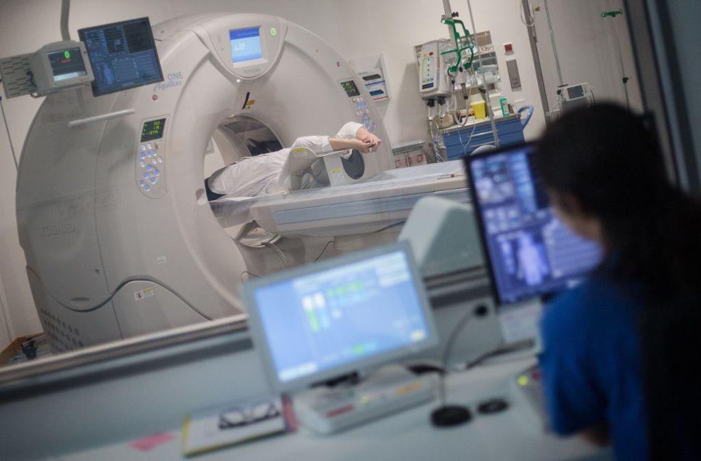Das Land Baden-Württemberg will die finanziellen Mittel für Krankenhäuser erhöhen. (Symbolbild) Foto: dpa/Christoph Schmidt