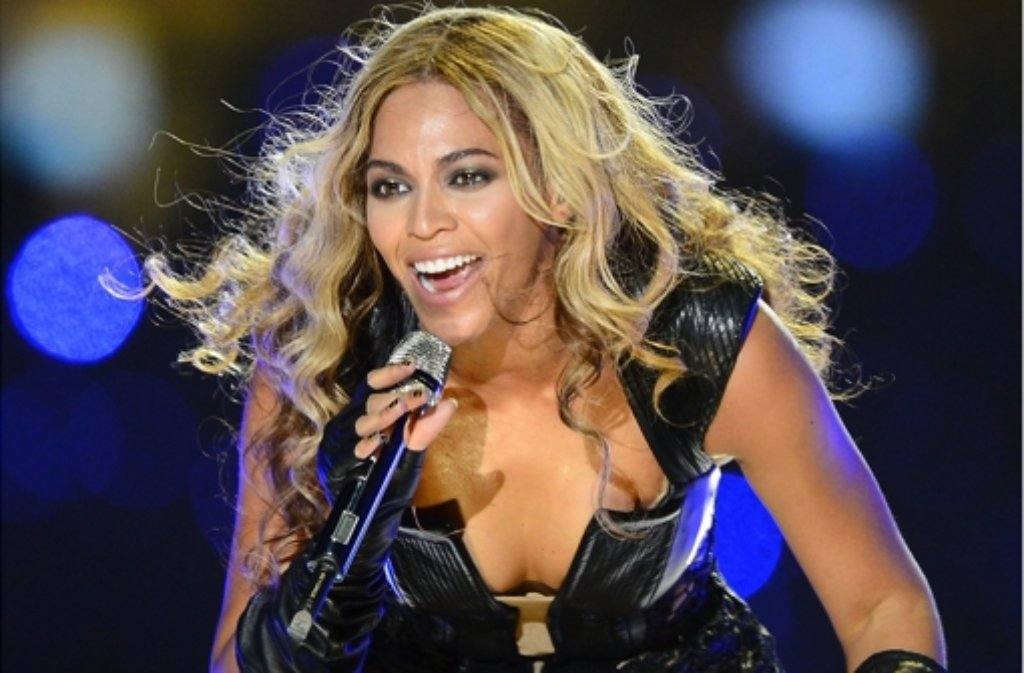 Was hat Beyoncé mit Fifty Shades of Grey am Hut? Foto: dpa